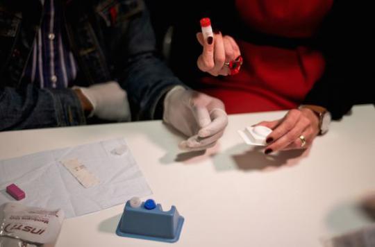 VIH : les autotests gratuits pour les populations très exposées