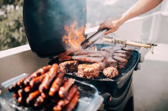 La consommation de viande grillée accroit le risque d'hypertension