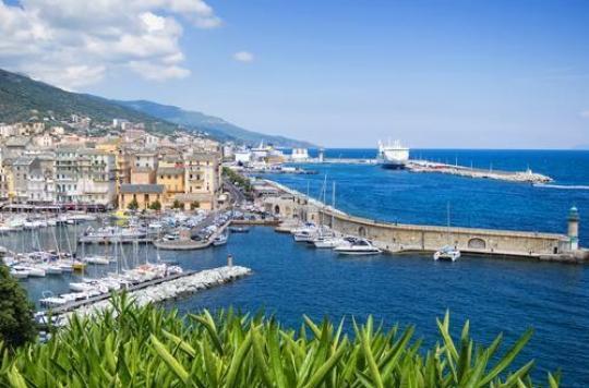 Corse : la protestation à l'hôpital de Bastia se poursuit