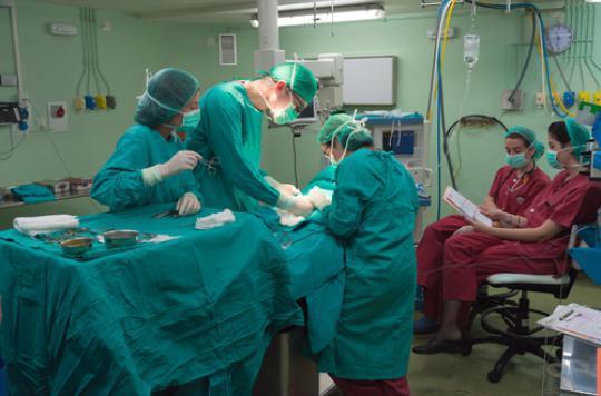 CHU de Besançon : tensions au bloc opératoire