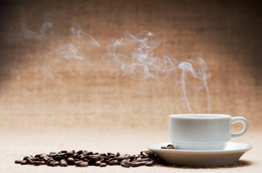 Café et maté : cancérogènes probables au-delà de 65 degrés