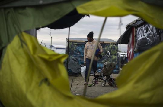 Jungle de Calais :  des médecins assistent les femmes en danger