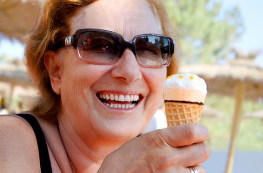 Ménopause : la thérapie hormonale protègerait les dents