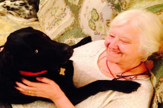 Le chien de Karin Gibson a détecté son cancer du sein
