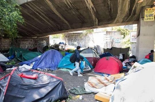 Gale : 150 migrants atteints dans un camp à Paris