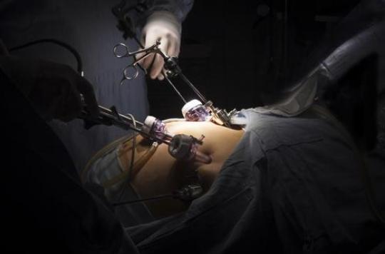 La chirurgie de l'obésité fragilise les femmes face à l'alcool
