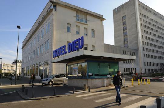 CHU de Nantes : les 3 décès non élucidés un mois après le drame