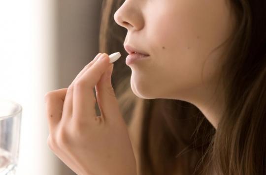 Médicaments : pourquoi les femmes ressentent plus d'effets secondaires ?