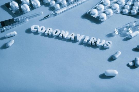 Traitements antiviraux et antibiotiques : des effets secondaires graves observés chez les patients Covid-19