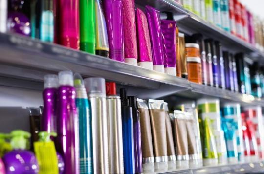 Dentifrice, déodorant... : ces cosmétiques qui contiennent des substances toxiques