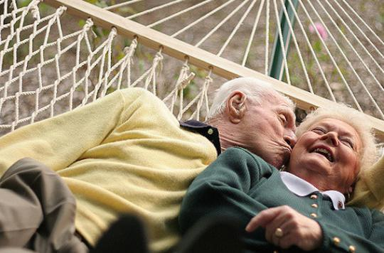 Seniors : l'activité sexuelle fatigue le coeur des hommes