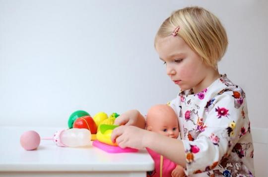 Perturbateurs endocriniens : les phtalates polluent nos enfants