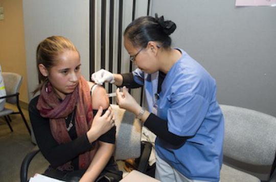 Papillomavirus : le vaccin divise par deux la prévalence de l\'infection