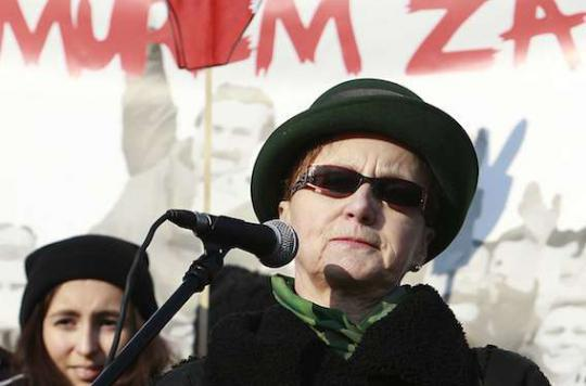 Pologne : les épouses des ex- présidents au secours de l'IVG