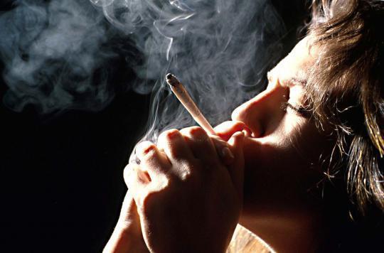 La consommation de cannabis entraîne des symptômes de manque