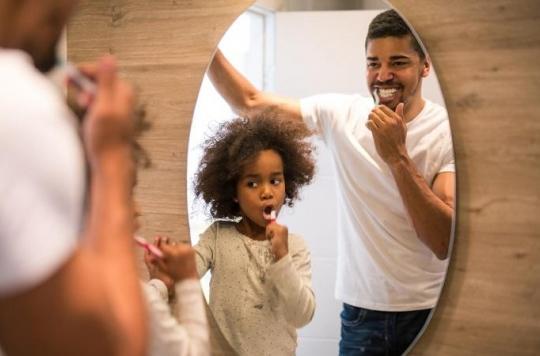 Les gestes à privilégier et ceux à éviter pour un bon brossage des dents