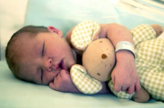 Sortie de maternité : 2 visites à domicile pour chaque femme