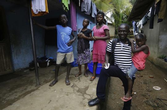Ebola : la moitié des survivants présentent des séquelles