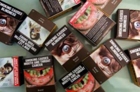 Tabac : comment le paquet neutre décourage les fumeurs