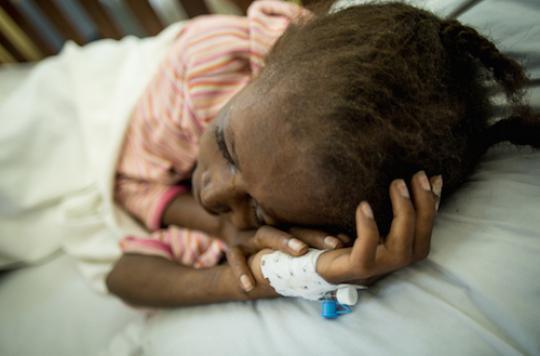 VIH : MSF dénonce un \