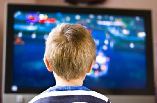 Passer 3 heures sur des écrans augmente le risque de diabète chez les enfants