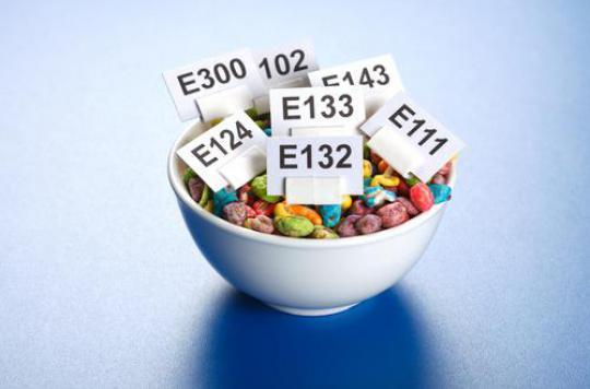 Additifs alimentaires : quatre substances mises en cause