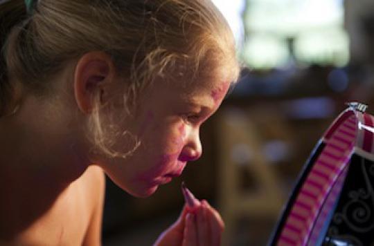 Mardi Gras : alerte sur les dangers des maquillages pour enfants