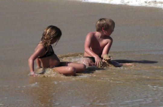 Soleil : 3 conseils de l'Inpes pour protéger les enfants