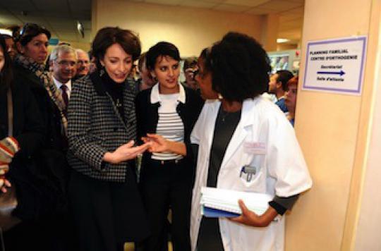 Anti-IVG : le gouvernement veut faire le ménage sur la toile