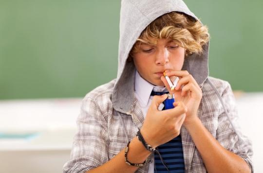 Tabac : malgré l'interdiction, deux buralistes sur trois vendent des cigarettes aux jeunes de 17 ans