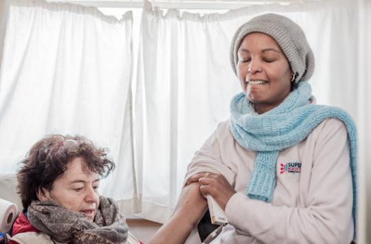 Calais : ces réfugiées enceintes qui tentent de rejoindre l'Angleterre