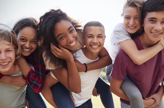 Pourquoi les adolescents sont susceptibles d'adopter des comportements à risque le soir