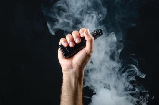 La cigarette électronique est efficace pour arrêter de fumer, au moins à court terme !