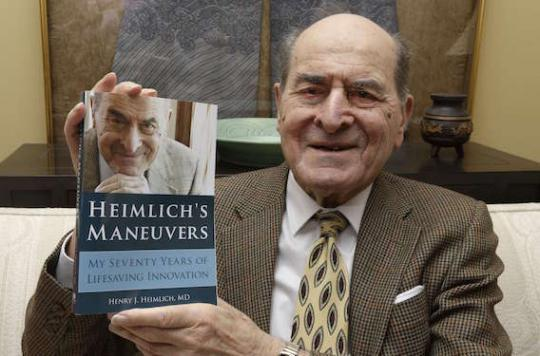 Dr Heimlich : l'inventeur du geste qui sauve est décédé