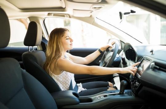 Écouter de la musique en conduisant réduirait le stress cardiaque
