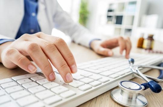 Antibiotiques : aider les médecins à en prescrire réduit la consommation