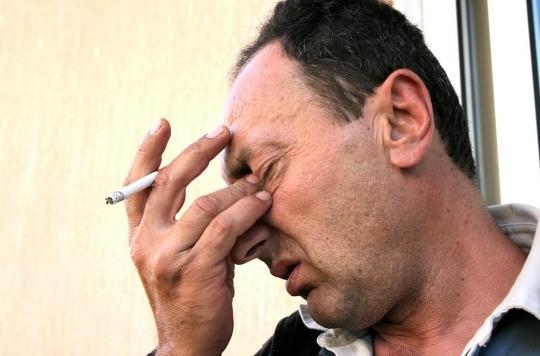 Tabac : un fumeur a deux fois plus de risques de perdre la vue