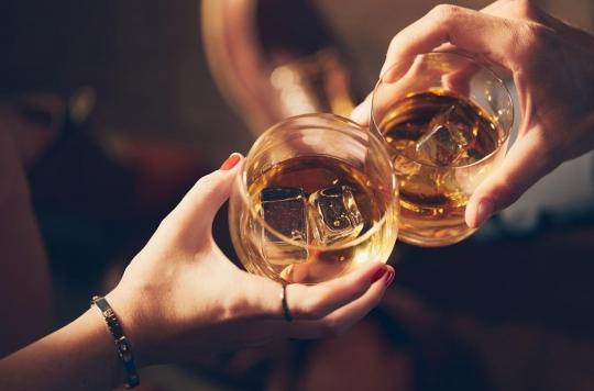 Une consommation excessive d'alcool augmente le tour de taille
