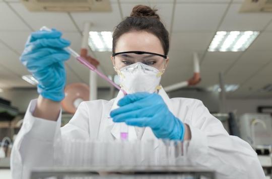 Un laboratoire chinois entame la deuxième phase d'essais cliniques pour trouver un vaccin contre le coronavirus