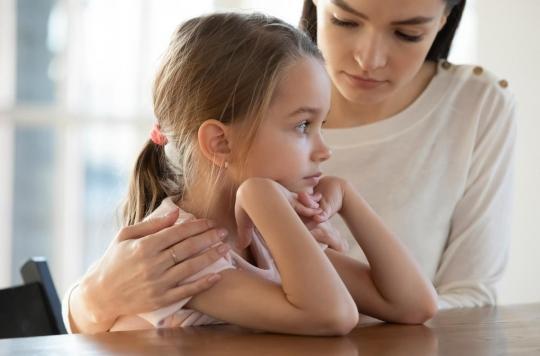 Pour les protéger, évitez d'être négatif devant vos enfants