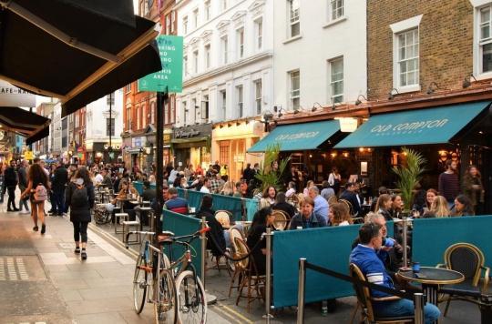 Réouverture des restaurants : que faire si je suis cas contact ?