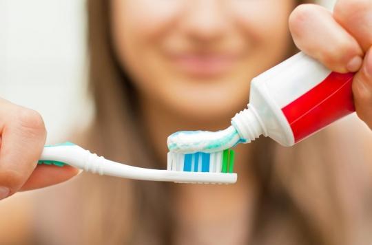 Comment notre dentifrice rend les bactéries résistantes aux antibiotiques