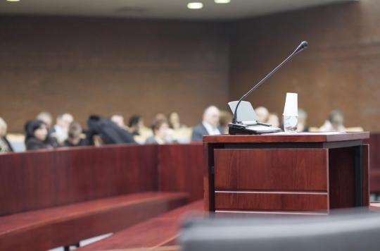 Levothyrox : un procès en appel s'ouvre à Lyon, plus de 3300 plaignants contre Merck