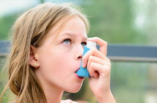 Asthme de l'enfant : augmenter brièvement les corticoïdes inhalés n'empêche pas les poussées