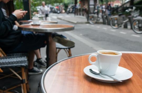 Journée mondiale sans tabac : les Français ne veulent plus de fumeurs en terrasse