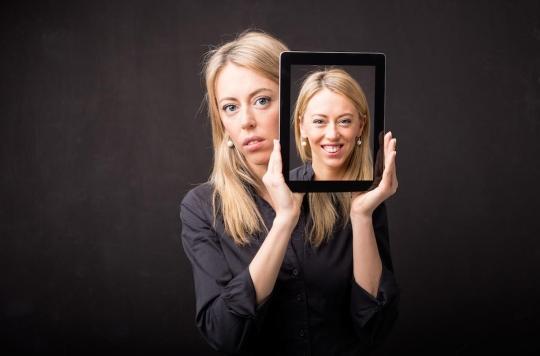 « Dépression souriante » : ce masque de bonheur qui cache un profond mal-être