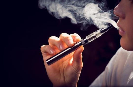 Les ados qui vapotent ont plus de risque de fumer du tabac par la suite