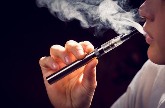 La cigarette électronique favorise le développement de champignons dans la bouche