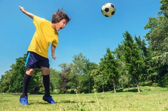 Football : les têtes interdites chez les jeunes en Angleterre, en Écosse et en Irlande