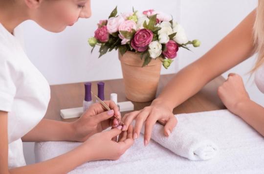 Beauté des ongles : les employés du secteur courent de nombreux risques pour leur santé